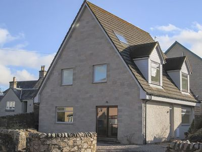 Photo for Detached four bed house in central Pitlochry
