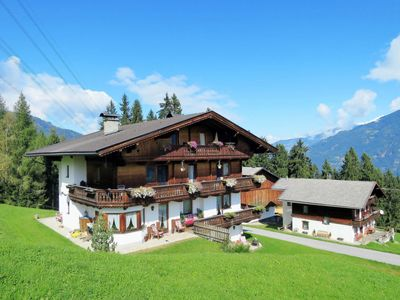 Photo for Apartment Luxner (KAB131) in Kaltenbach - 3 persons, 1 bedrooms