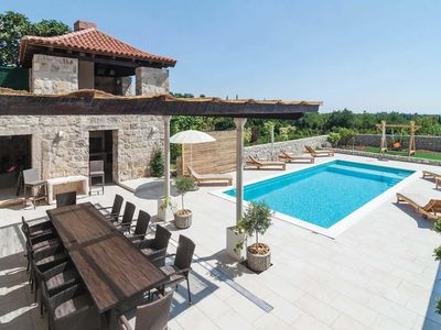 Photo for Large villa with hot tub and sauna close to Dubrovnik Old Town