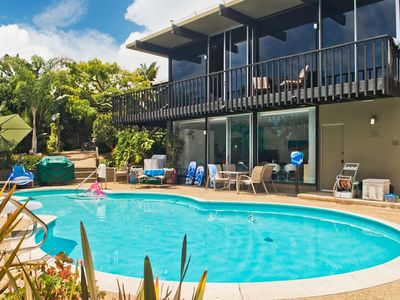 Private Pool, Guest House features Views!