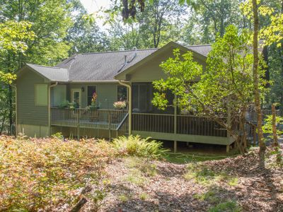 Photo for Private Woodland Home in Sherwood Forest Community close to Dupont