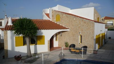 Photo for Holiday house-pearl in the Algarve with private pool near the sea