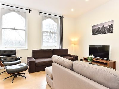 Photo for Apartment Bermondsey Mews in London South Bank - 4 persons, 2 bedrooms