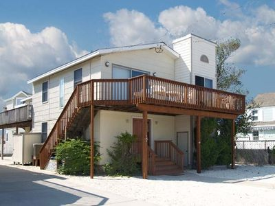 Photo for 4 bedroom, 2 bath townhouse is located in the beackblock, just steps to Avalon's beach