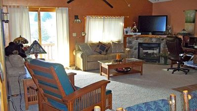 Photo for Mountain Home + Deck and Fireplace | Pool, Hot Tub & Gym Access