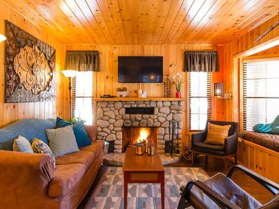 Photo for 2BR Cabin Vacation Rental in Green Valley Lake, California