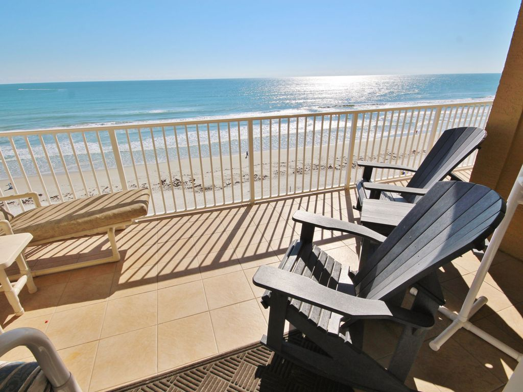Beachside Malibu Luxury Direct Oceanfront Vrbo Pool At Tradewinds Condo In New Smyrna Beach