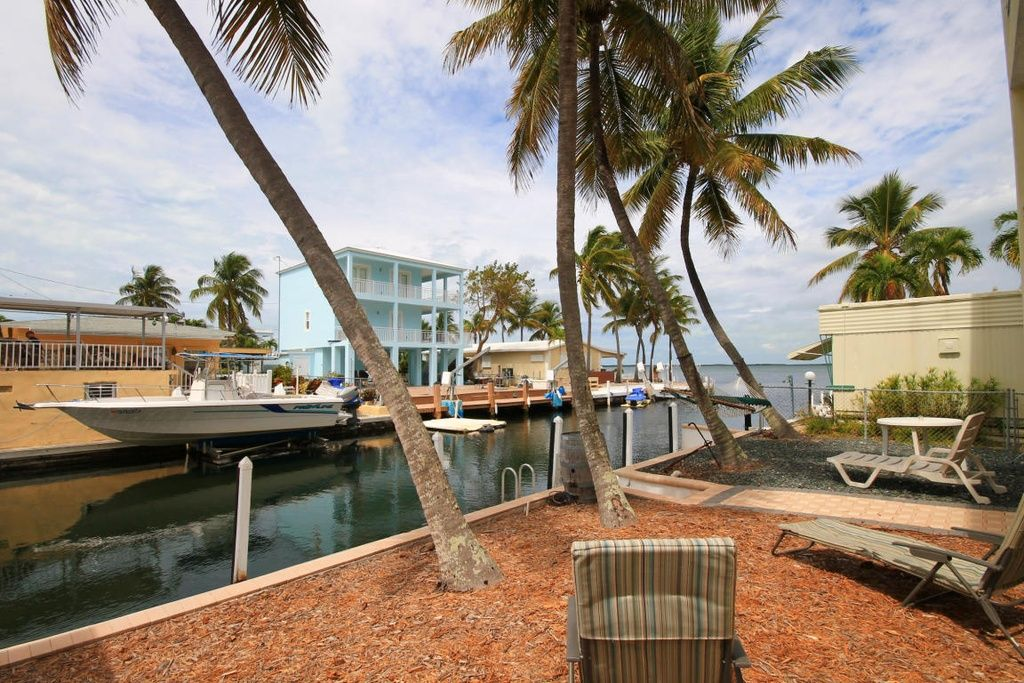 Marvelous Paradise Found Key Largo Waterfront Home W Four Bedrooms Key Largo Village Home Interior And Landscaping Ferensignezvosmurscom