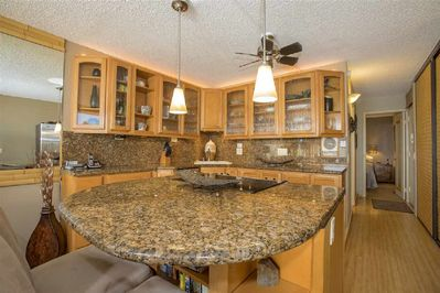 Beautiful upgraded kitchen with everything you need