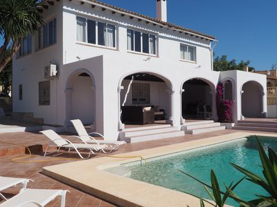 Photo for Family villa with private pool near beach and with sea views, free wifi and a /