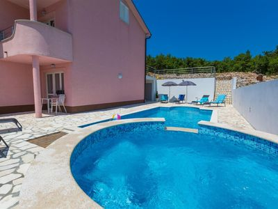 Photo for Holiday apartment With pool and jacuzzi