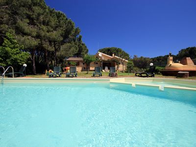 Photo for Villa 6 sleeps 80 metres from sandy beach + private pool, WIFI and AC