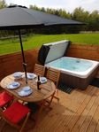 Fabulous space & spec .. faultless !! Hot tub makes for a different experience all together