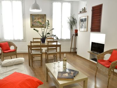 Photo for Charming apartment in the heart of the city in Aix-en-Provence.