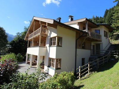 Photo for Luxurious holiday home in idyllic location on the sunny side of the Glemmtal.