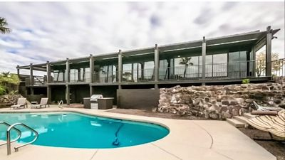 Photo for Spacious 5 Bedroom Pool Home with Private Casita