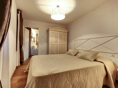 Photo for MODERN APARTMENT IN VENICE GF