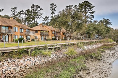 Enjoy being just steps from the shore in this vacation rental condo!