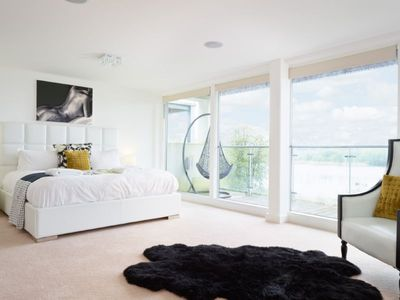 Photo for Harebells (HM72), Cotswolds - sleeps 10 guests  in 5 bedrooms