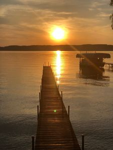 Photo for July 7-14 & 14-21 OPEN Available, sand bottom frontage, Kayaks Provided