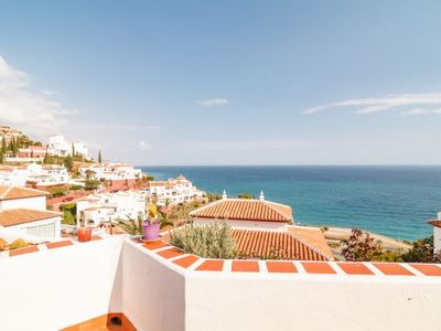 Photo for Nerja Villa, Sleeps 4 with Pool, Air Con and WiFi