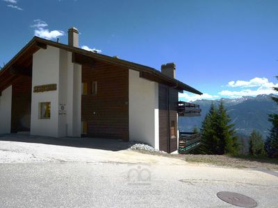 Photo for Nice apartment in duplex situated a 5 minutes walking distance of the village square and its ski dep