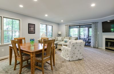 Photo for 3BR Townhome - Walk to Beach or Town - Towels & Sheets Included!