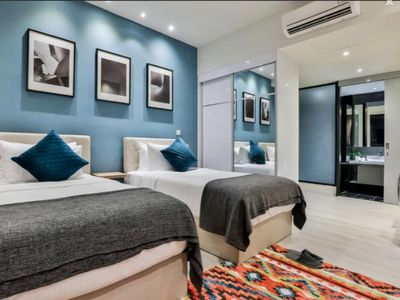 Photo for Deluxe King Suite with Twin Tower View 18