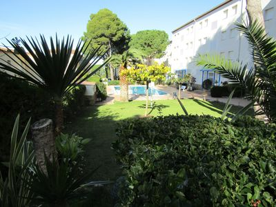 Photo for Apartment sea view, swimming pool, tv wifi internet access near beach
