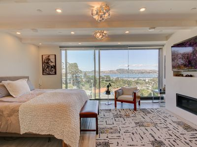 Photo for 2BR Townhome Vacation Rental in Sausalito, California
