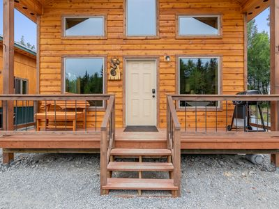Photo for Newly built 2019 Cabin near Kenai River, sleeps 5