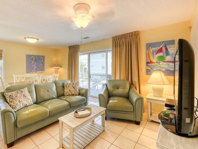 Photo for Beach-goers' condo w/ balcony & shared pools/tennis - 1/4 mile to sand!