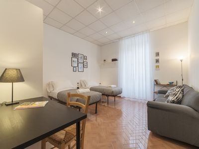 Photo for Bright central 2bdrs apartment in Rome