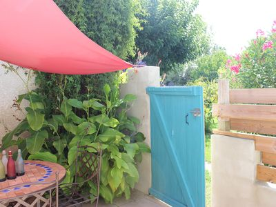 Photo for Le Clos des Vergers Air-conditioned cottage with access to the jacuzzi