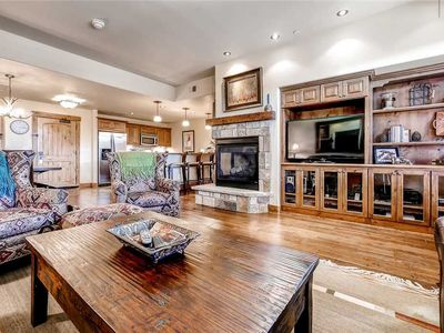 Photo for Beautiful Mountain Condo, Onsite Fire Pit & Hot Tubs