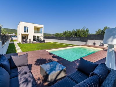 Photo for Nice villa with private pool, fenced garden, roofed terrace, 200m from the beach