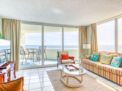 Photo for Cozy, Gulf Front Condo w/ Panoramic Views Of The Coast, Close To Dining