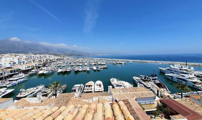 Photo for Puerto Banus Apartment - Apartment for 6 people in Marbella