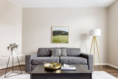 1 Bedroom Apartments Go | Go Celebrity Spotting From A Chic Apartment In Hillsboro Hillsboro West End