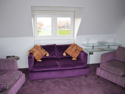 Photo for SPECIAL PRICE FOR MAY.  WHITBY CENTRE FREE PARKING/Wi-Fi.  KIDS & PETS WELCOME