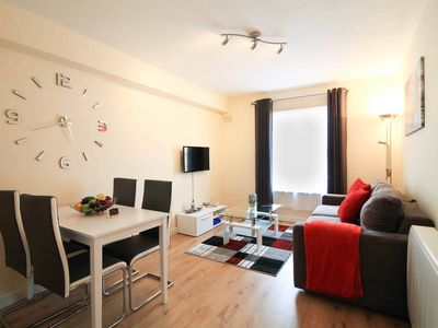 Photo for Beautiful City Centre Apartment Sleeps 4 HILD59