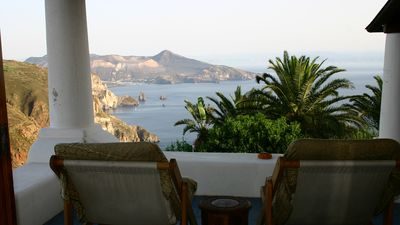 Photo for Ultra panoramic villa Bougainvillea c / o Le Poiane, with sea and pool view