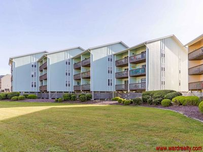 Oceanview Condo - Newly Renovated - Community Pool - Sleeps 6 - Parker Place