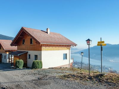 Photo for Luxury in the square, 5-star house with magnificent view over Lake Ossiach