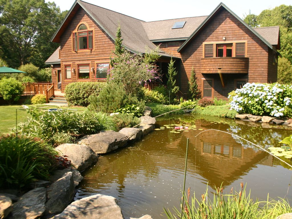Kismet Secluded Shingle Style Home With Pool Koi Pond