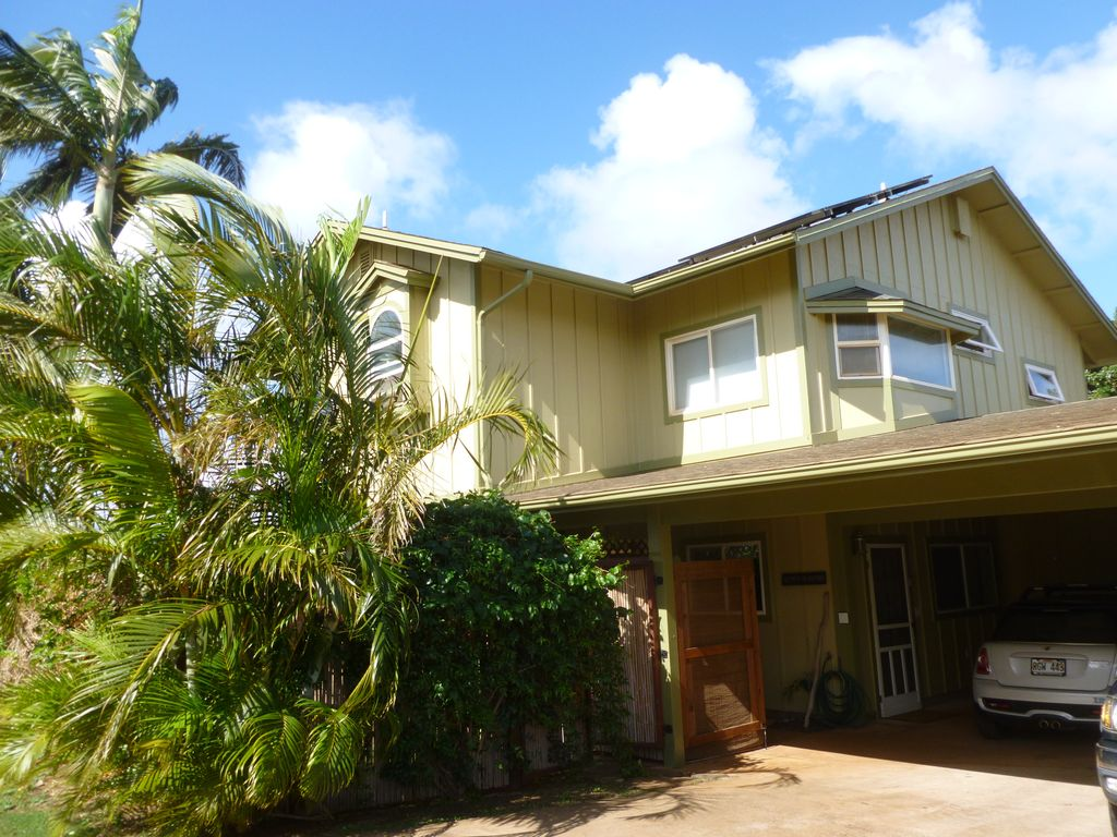 Paia Bed And Breakfast Maui