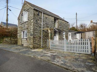 Photo for BARN COTTAGE, pet friendly, with a garden in Tintagel, Ref 930674