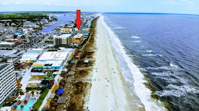 Photo for Beach Harbour @ The Boardwalk - Walk to beach, boats, boardwalk, drink & dine.