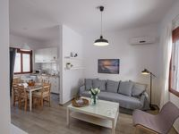 Fantastic apartment. Amazing terraced area. Clean and modern. Great owners.