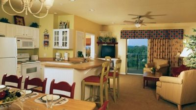 Photo for Fantastic resort amenities including spa with this 2 Bedroom unit + full kitchen